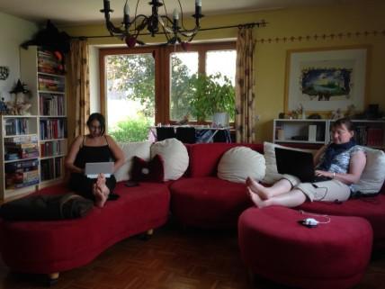 Schreibcamp auf dem Sofa