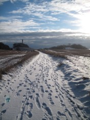 Møn vejen mod radartårnet i sne 019