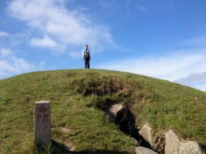 5000 Jahre dänische Geschichte. An der Spitze ich: Kong Asgers Høj auf Møn
