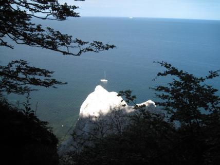 mons-klint-kreidefelsen-mit-blick-auf-meer-und-schiff-296
