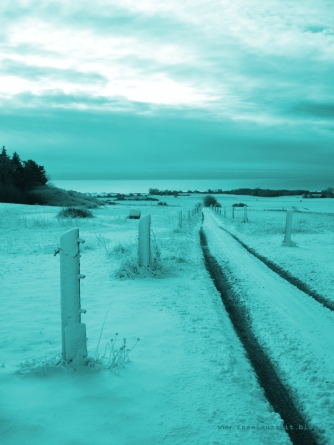 bakkegaard-mon-ostseeblick-winter-tuerkis