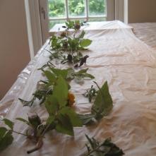 Rosen, Tagetes und Seide