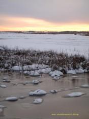 Gute Gründe auf eine Insel zu ziehen Møn-Brücke Ulvshale und Nyord im Schnee