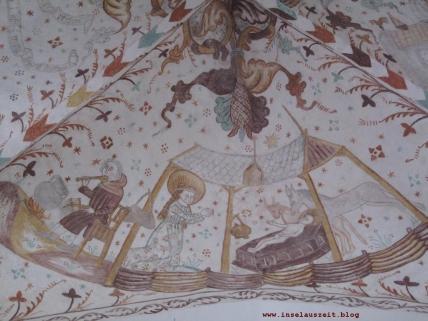 Grundtvig Skyerne gråner dänisches Lied übersetzt Kirche von Elmelunde Kirke Møn Kalkmalereien Krippe