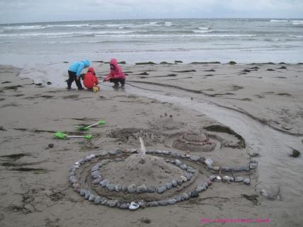 Møn Mandemarke Have Strand Sandburgen mit Kindern 015