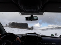 Winterbilder aus Dänemark Insel Møn Autofahrt auf Østmøn